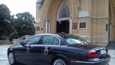 Jaguarem do ślubu