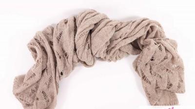 Jasno brązowy wełniany szal