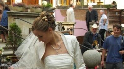 Jednoczęściowa Suknia ślubna FARAGE + bolerko