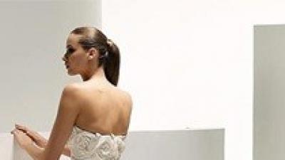 Jedwabna, oryginalna suknia śluba Manuel Mota (Pronovias) - Scarlet model 2009