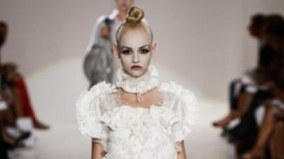 Jedyna w Europie suknia slubna Marc Jacobs