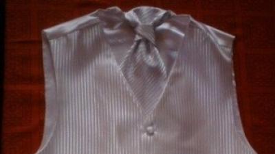 Kamizelka ślubna biała + musznik + butonierka M