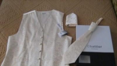 kamizelka ślubna z krawatem angielskim