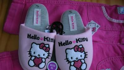 Kapcie Hello Kitty rozmiary:28,30,31,32