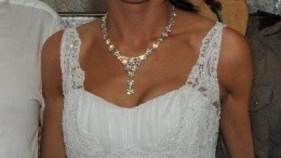 Klasyczna i oryginalna suknia slubna