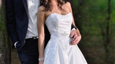 Klasyczna suknia ślubna, roz. 36, kolor szampana, piękna!