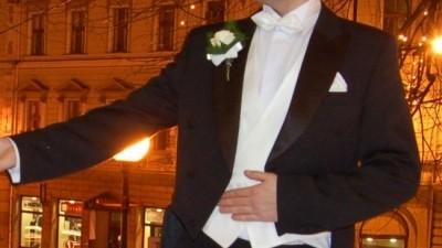 Klasyczny frak ślubny koloru czarnego + kamizelka i muszka gratis!!!