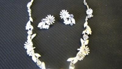 Kolia i kolczyki z kryształkami Swarovskiego