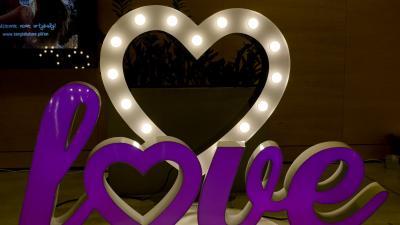 Kolorowe, pisane LOVE 3D podświetlane RGB 100 cm WYNAJEM, najem - LiteroweLovepl