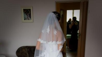 Koronkowa suknia od francuskiego projektanta Di Jean Mariage