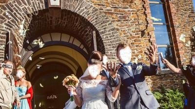 Koronkowa suknia ślubna a'la Anna Czartoryska, Pronovias