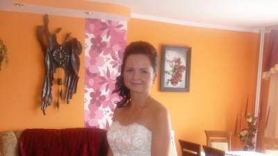Koronkowa suknia ślubna fason rybka