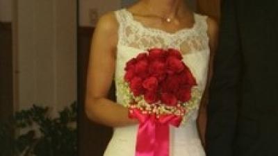 koronkowa suknia ślubna-sprzedam