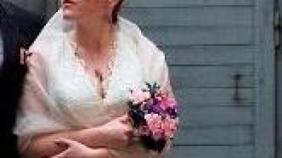 Krótsza suknia, Juda Pietkiewicz, styl retro r 42
