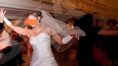 Ksiezniczkowa suknia slubna kolekcja 2009