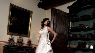 kupie suknie DIVINA SPOSA model ISIS