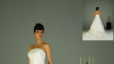 Mam do sprzedania suknię ślubną firmy Sweetheart w kolorze ivory.
