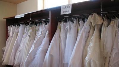 mega wyprzedaż sukien ślubnych