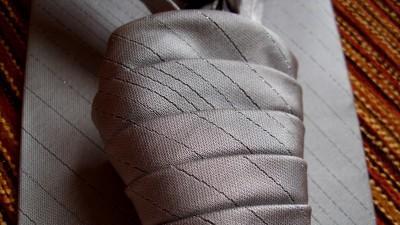 musznik ślubny - kolor stalowy