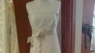 NIEPOWTARZALNA, NIEZWYKLE ORYGINALNA suknia ślubna AGNES 1727