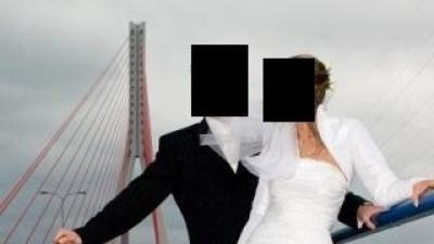 niepowtarzalna suknia  ślubna Farage Malibu