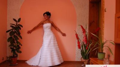 Niepowtarzalna Suknia Ślubna GALA
