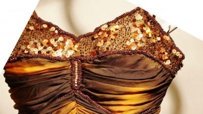 Niepowtarzalna suknia wieczorowa na bal, wesele itp+ szal z piór + bolerko