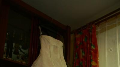 Niezwykła suknia z francuskiej koronki i lekkiej organzy