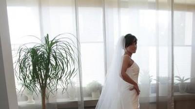 Niezwykle kobieca suknia Pronovias RANIA model 2009