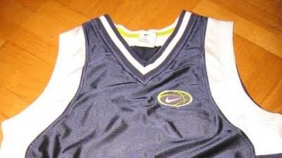 Nike koszulka wiosna-lato z USA M 10-12 LAT