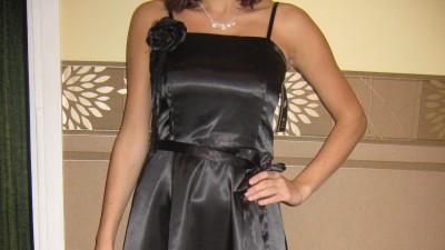 NOWA czarna satynowa sukienka