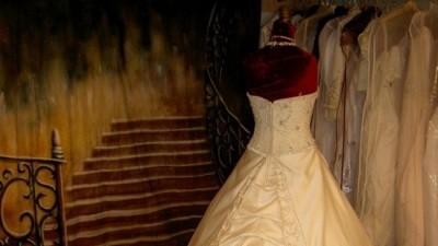 Nowa , piękna suknia ślubna - cena 1799 zł.