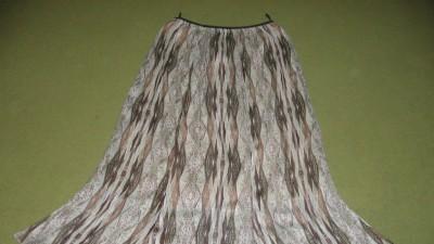 Nowa spódnica - rozmiar 46
