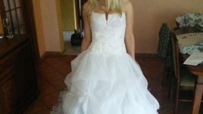 NOWA Suknia ślubna marki Cosmobella (Włochy)