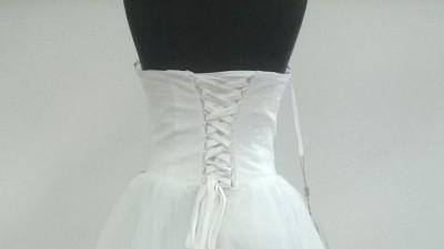 nowa tania suknia prosto z Paryża