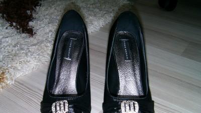 nowe buty- szpilki, koturna, czarne, 38,czółenka
