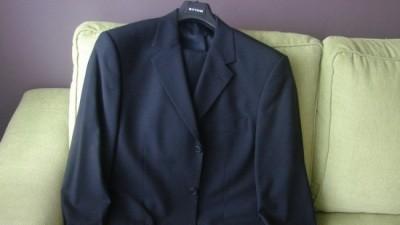 NOWY z metką! Klasyczny czarny garnitur BYTOM