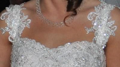 OKAZJA dystyngowana śnieżnobiała suknia + halka biel  i gratisy
