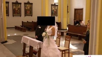 Okazja sprzedam suknie ślubną 500zl + gratisy stan idelany
