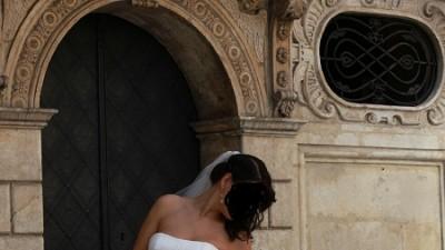 Okazja!Tanio sprzedam piękną suknię ślubną Herms z dodatkami(Kraków)