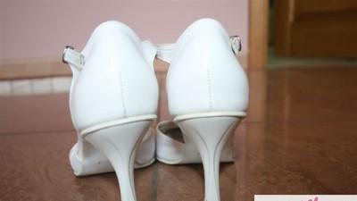 OKAZJA Wygodne Białe Pantofelki