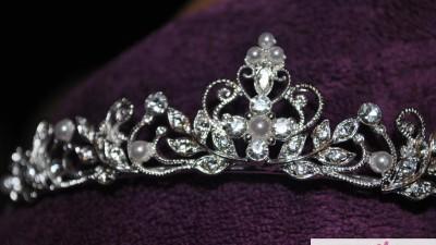 Opaska, diadem, tiara ślubna Emmerling, Madonna