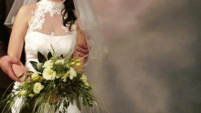 Oryginalna suknia domu mody JACQUELINE