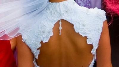 Oryginalna suknia ślubna demetrios 2009 model 1381