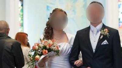 Oryginalna w swoim rodzaju suknia ślubna +bolerko!