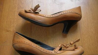 Pantofle skórzane camelowe! BON'A PARTE! Rozmiar 40!