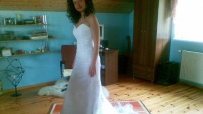 Piękna, bardzo wygodna suknia + dodatki.