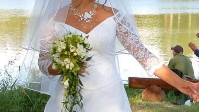 Piękna biała suknia 2 czesciowa