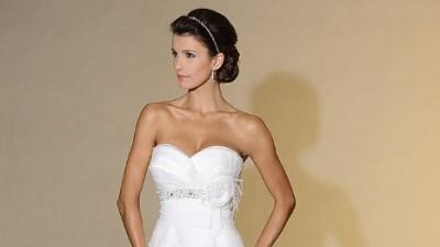 Piękna hiszpańska suknia ślubna MADONNA FAMOSA