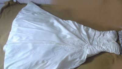 PIĘKNA HISZPAŃSKA SUKNIA-W1 WHITE ONE, MODEL 181 - śmietankowa, rozmiar 34 - 36